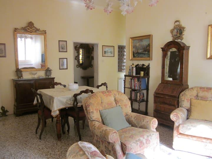 Lavinia's apartment
