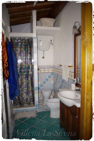 bathroom / bagno