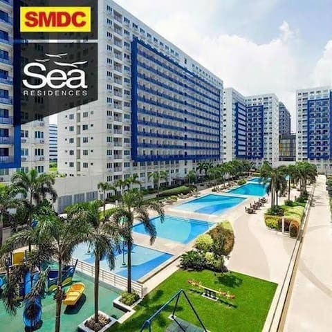 Condo Unit at Sea Residences, just across SM MOA.