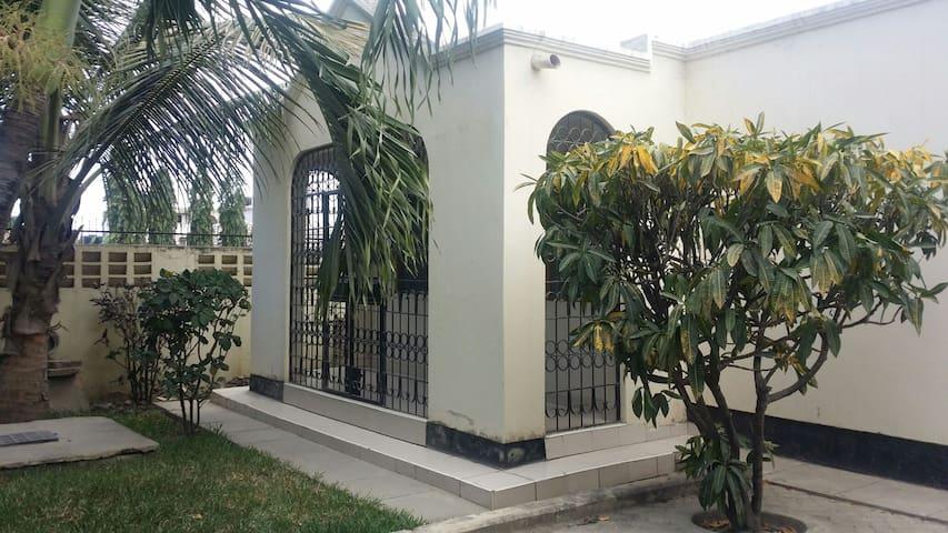 Three Bedroom House - Myra - Mombasa - Bungalo