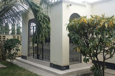 Three Bedroom House - Myra - Mombasa - Bungalou