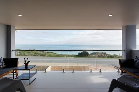 Blue Bay Beach Stay Sleeps 12 Weekly/Monthly disc