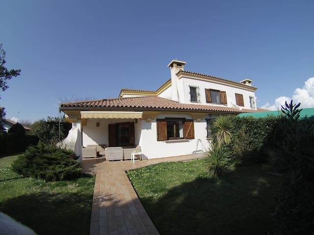 Villetta unifamiliare in villaggio privato - Porto Recanati - Villa