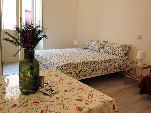 Trastevere nice double room & private bathroom
