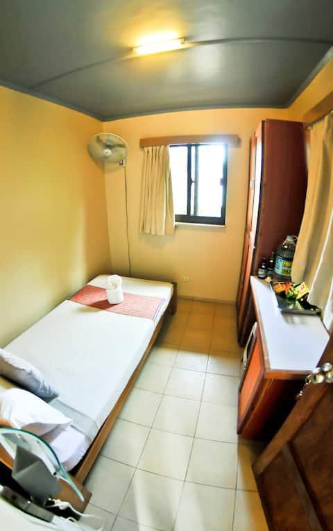 Ina fan room 1