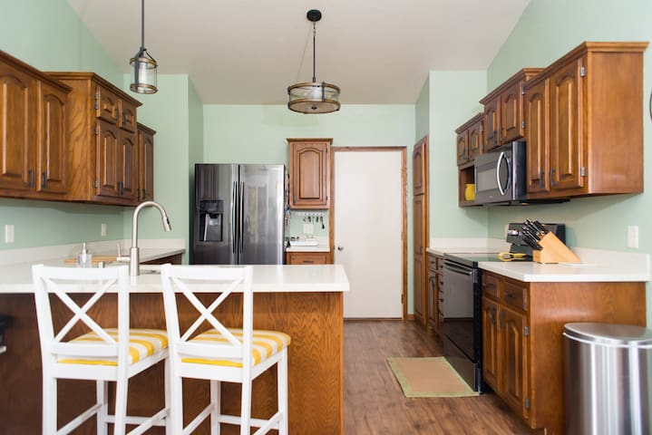Beautiful 4BD House Perfect for Sturgis Rally