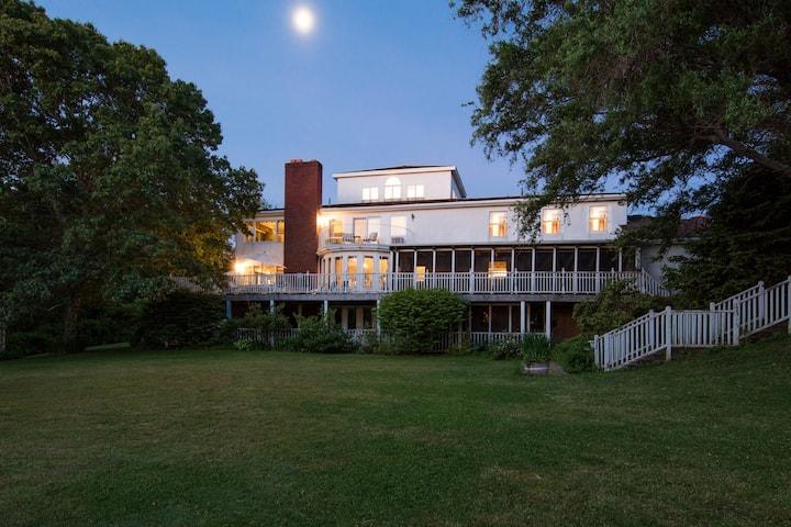 Villa Sojourn on the Merrimack.