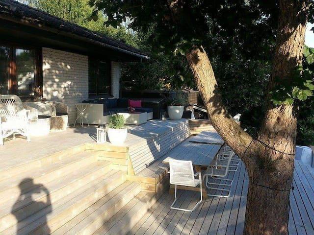 Villa with wonderful garden and veranda