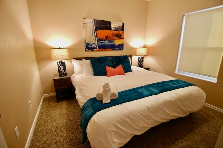 2nd Bedroom with King Bed and Duvet Covers that are washed after each guest!