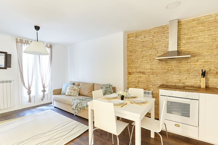 Spacious & Central, nexto to Estafeta, R10 - Pamplona - Lägenhet