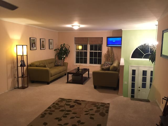 Room for rent close to DT State College - State College