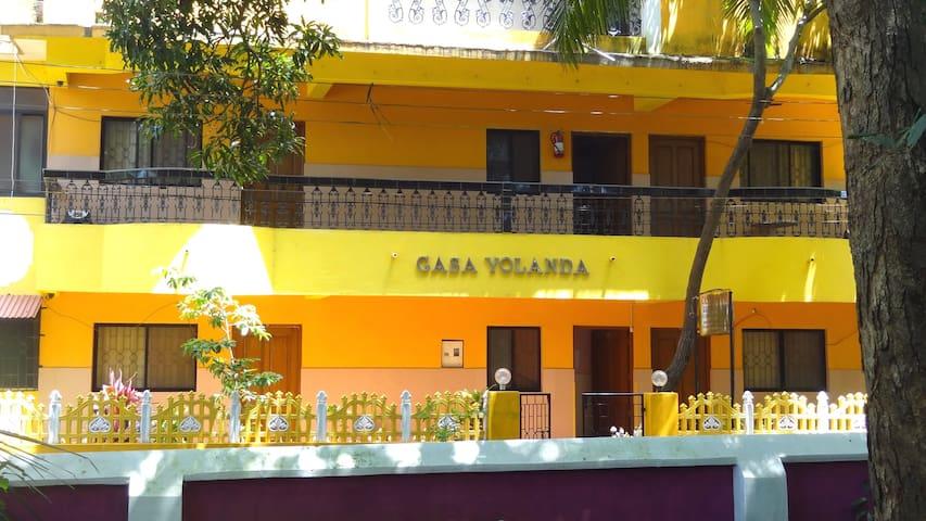 Casa Yolanda, Colva