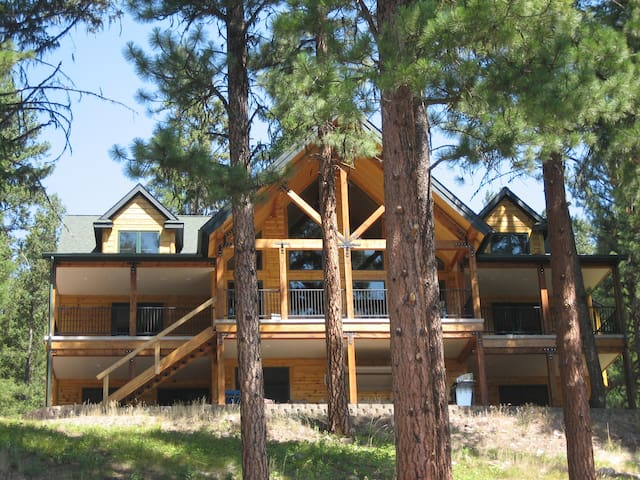 Log Home on Salmon Lake 2500 square foot apartment