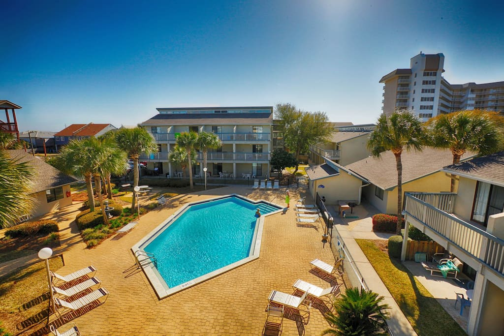Sunswept 409 Condominiums For Rent In Panama City Beach Florida United States