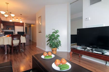 2bd/2bth Luxury & Beautiful - Toronto - Appartement