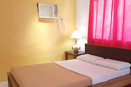 Basic Double Room-A/Samal Island! - Island Garden City of Samal - Bed & Breakfast