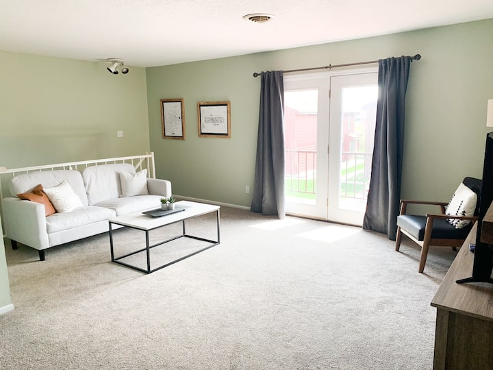 Fully furnished, totally updated, great location!