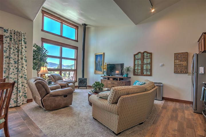 Updated Condo on Main St. in Downtown Frisco, 2nd Bedroom Loft, Steps from Everything!