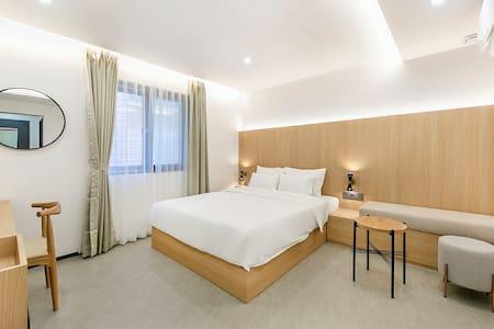 "Hotel Yaja Gimhae Samgye branch ""Standard Room"""