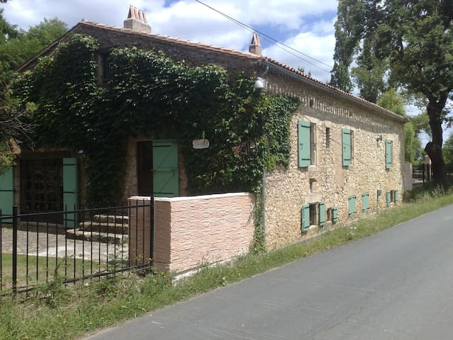 Tunibloy - Juillac - Huis