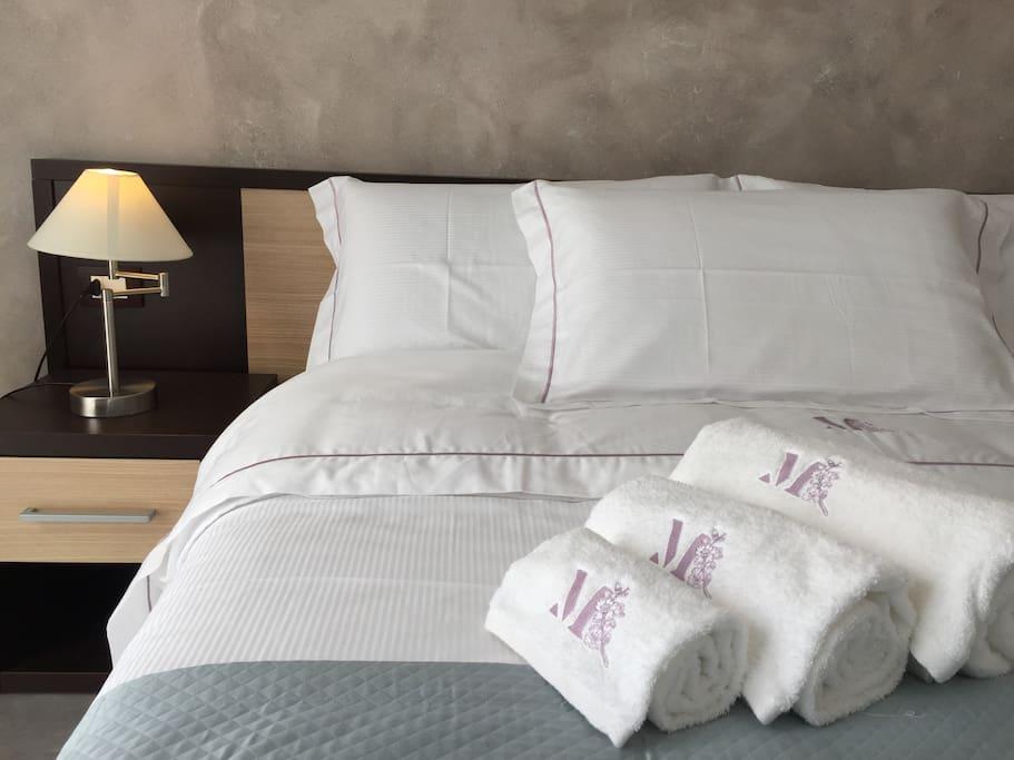 Tutte le camere con biancheria di qualità personalizzata.