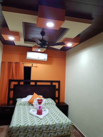 Mr cowboy  hotel y restaurante calidad y sabor