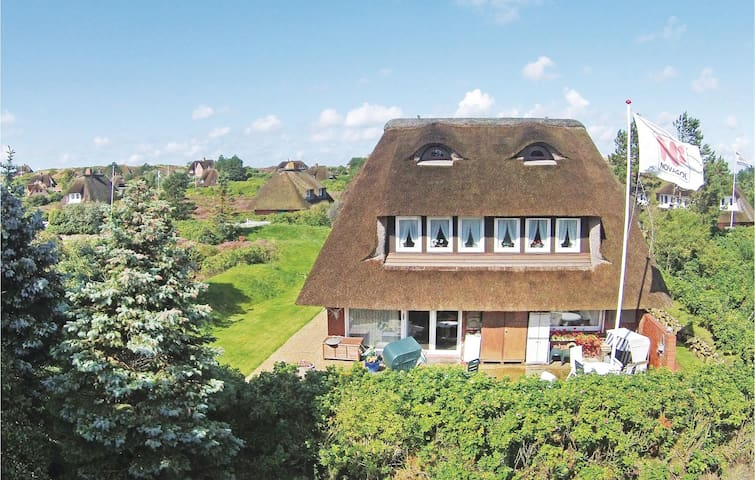 Holiday apartment with 1 bedroom on 30m² in List OT Westerheide