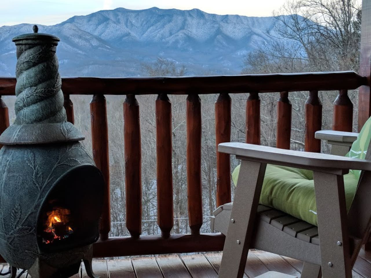 Deck Gas Fireplace is operational year round! Hot tub is also on this deck & also views the fireplace.