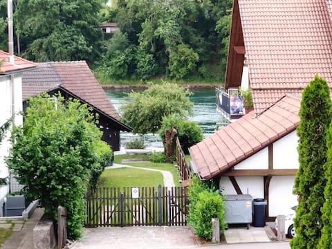 Maisonette 3- Zimmer Rheinblick Idyll in Büsingen
