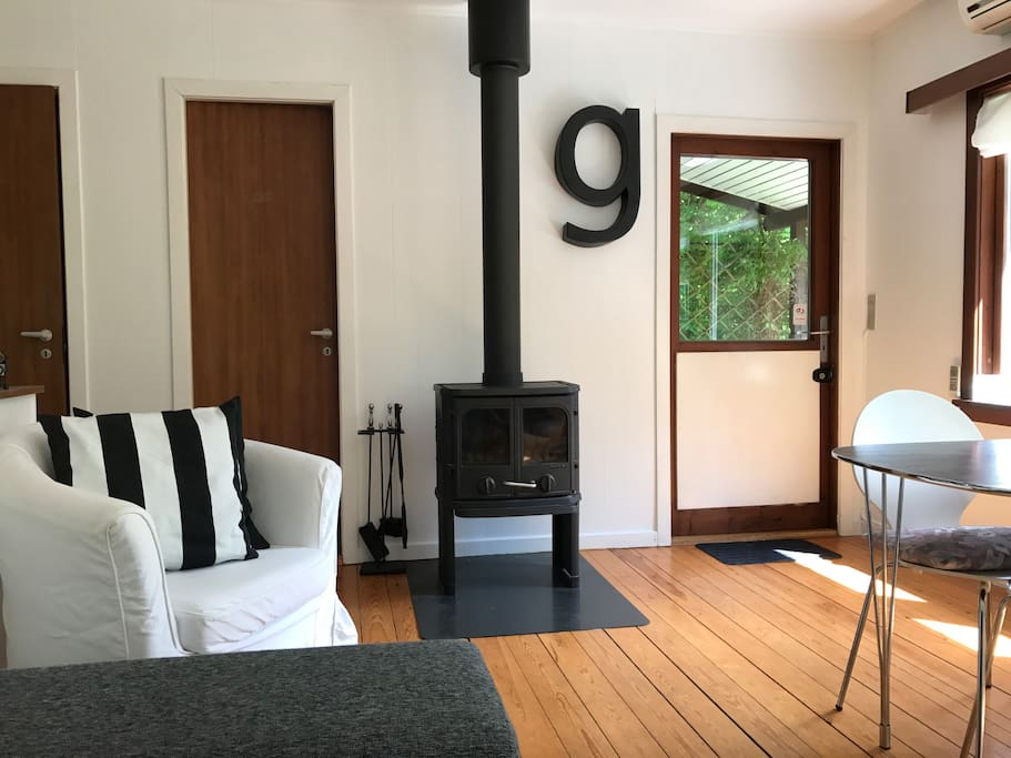 gilleleje mature singles Silk cotton villas are located on a sprawling 3 acre garden setting there are 8 villas set on this gated estate with lots of space, fresh air, and mature trees.