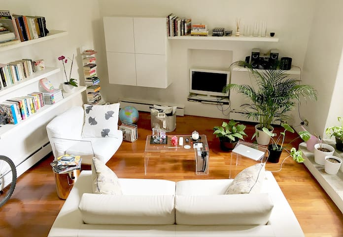 Cozy and lovely roomy studio with terrace