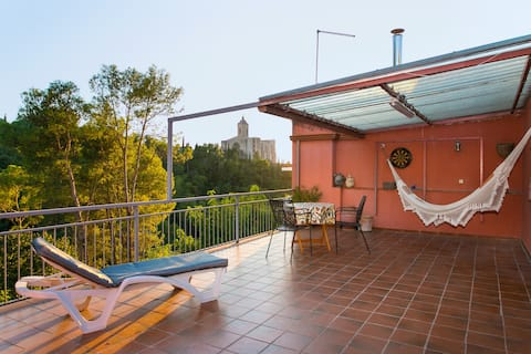 Quiet apartment in Girona