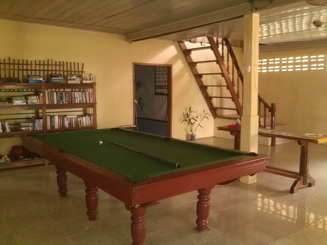 Dorm style house on tropical island - Krong Preah Sihanouk - Dům