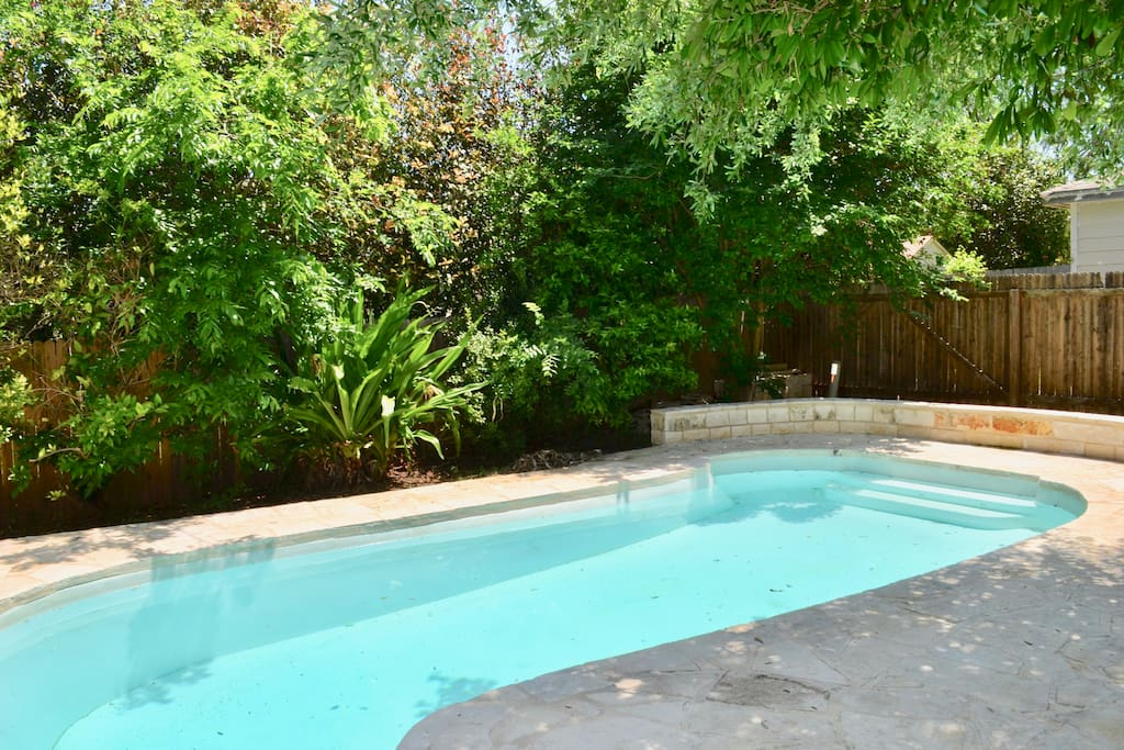 Stone wall & patio surrounding pool added in 2016!