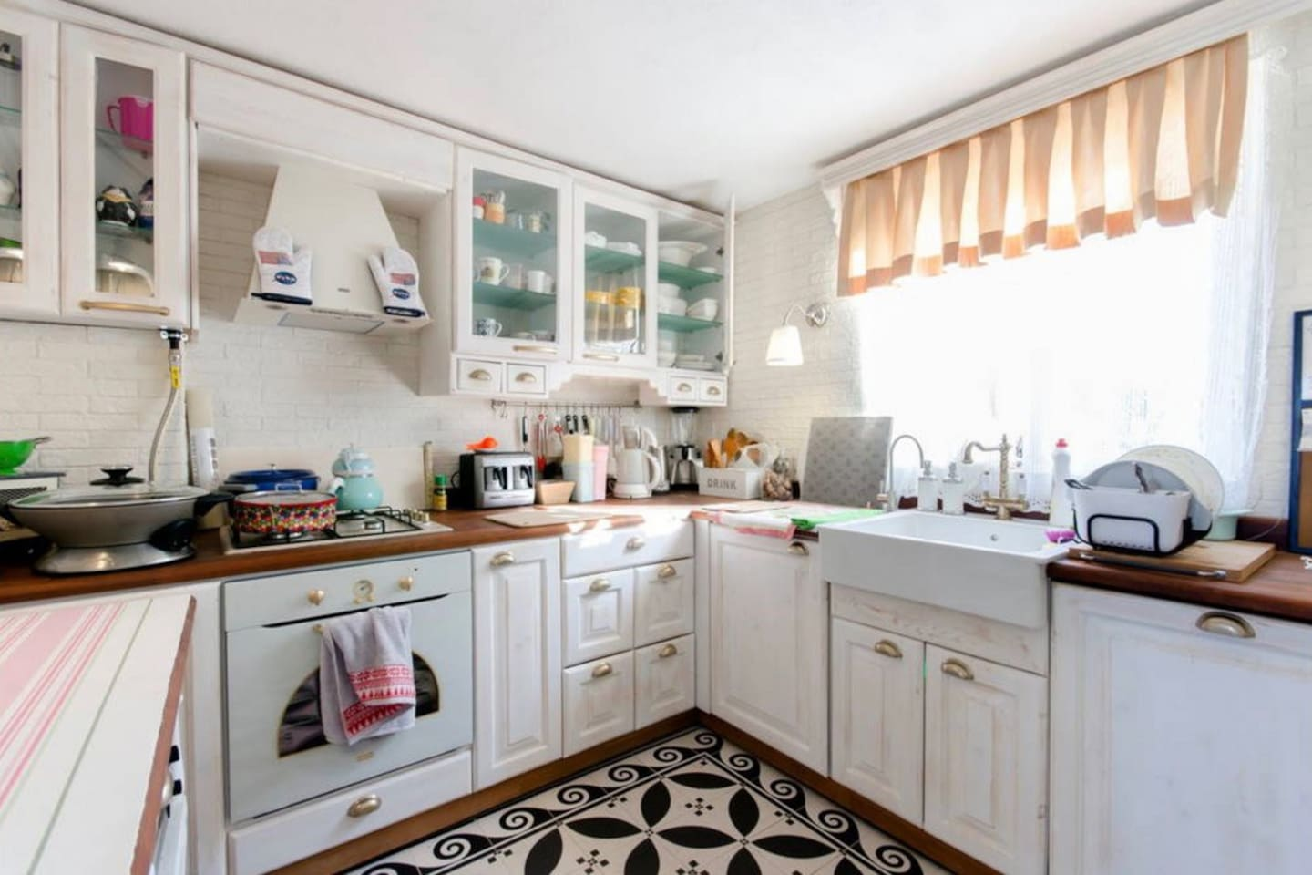 Vintage looking kitchen
