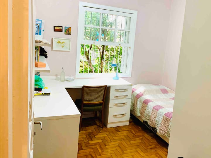 Charming suite in the heart of of Pinheiros.