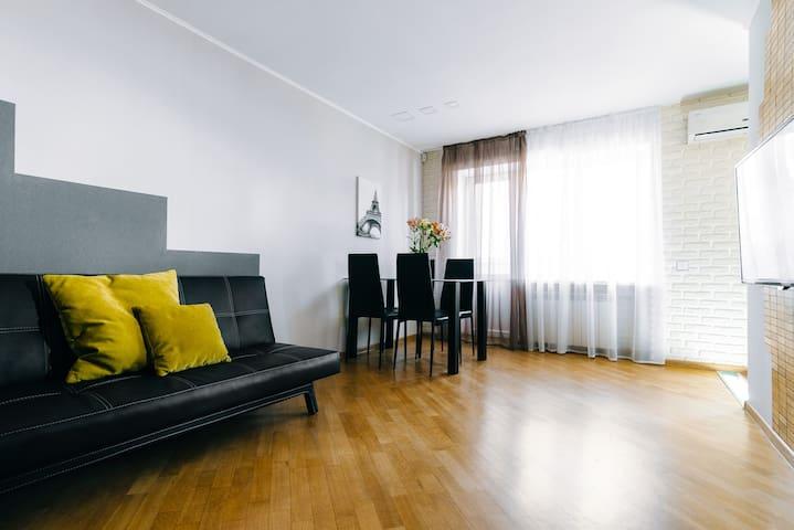 Апартаменты с 2 спальнями: метро Лукьяновская