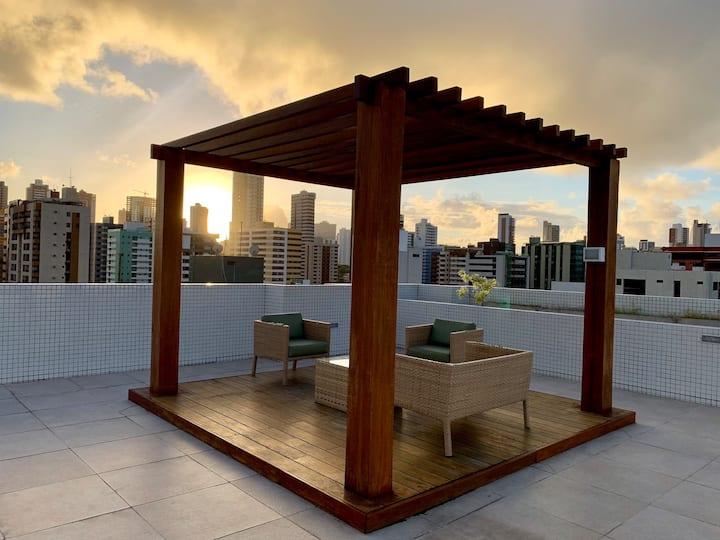Apto com Piscina Rooftop em Cabo Branco.