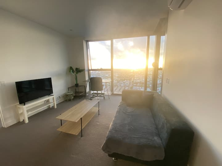Comfy and Chill with Entire Apartment