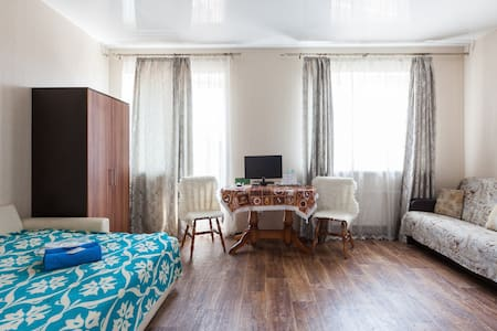 Nice big room with kitchen in Perlovka Guest House - Мытищи - Bed & Breakfast