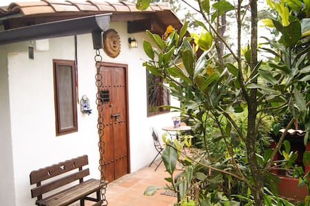 13 Lunas - Bed & Breakfast / Temascal - Valle de Bravo