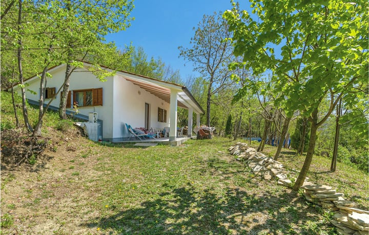 Beautiful home in Dolenja Vas with WiFi and 2 Bedrooms
