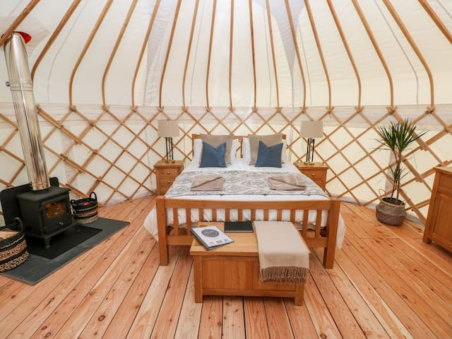 Headland Escape Glamping Experience