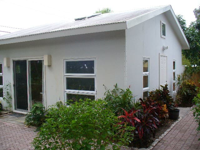 Guest House at Paver Park