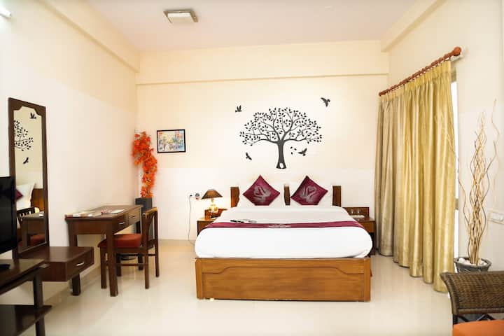 Deluxe Suites Room In Koramangala