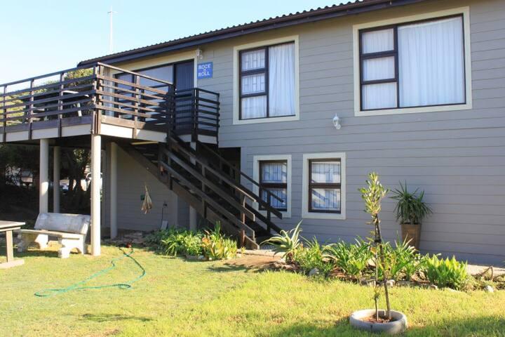 Rock 'n Roll Beach House, Glentana - Garden Route