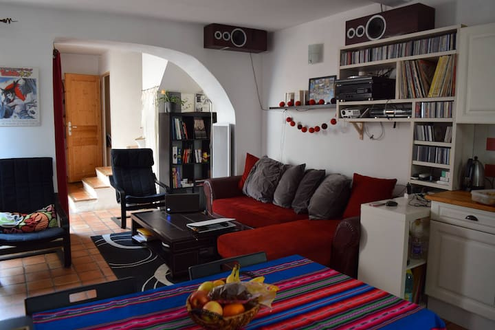 Chambre proche centre - Avinyó - Casa