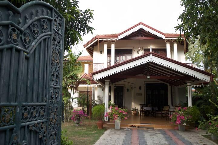 Maly Villa