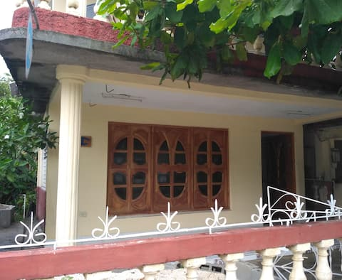 Casa de Renta El Almendro. Habitación No 1.