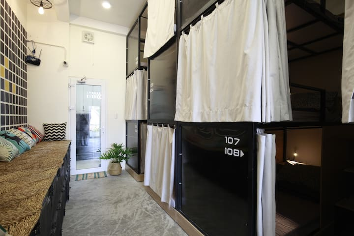 199x Hostel for Backpackers